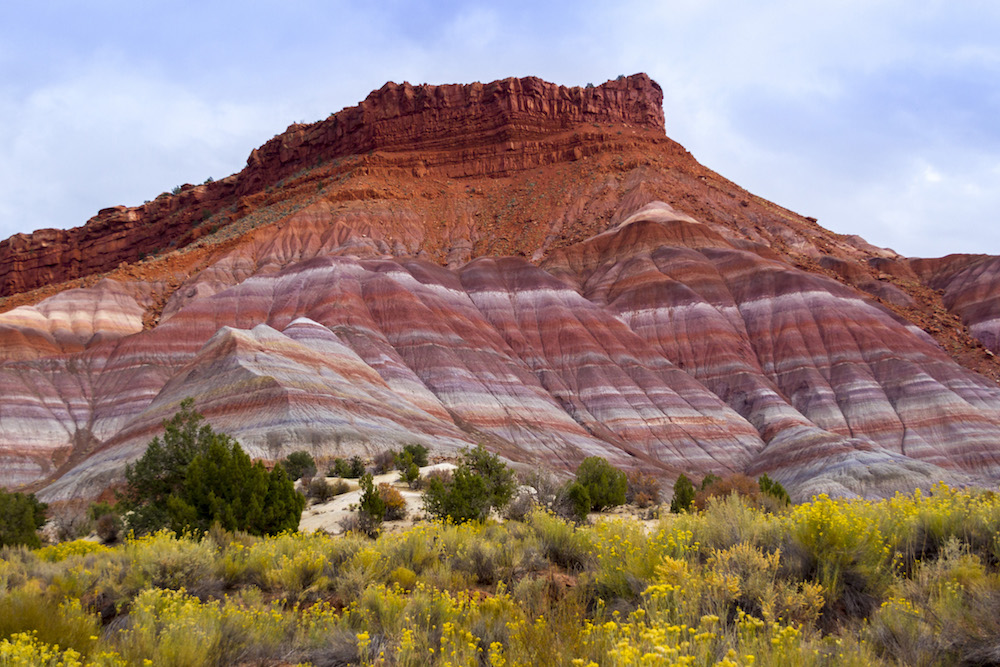 colorful-rocks-paria-valley